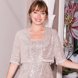 Gal Meets Glam NWT Diana Sequin Jacket $148